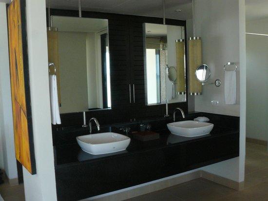 Serenity Resort & Residences Phuket: salle de bain dans notre chambre