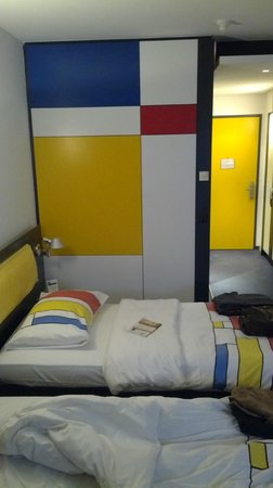 Hotel Allegra:                   Clean and comfortable rooms
