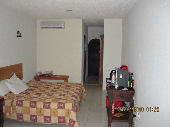 Carmen Hacienda:                   små tråkiga rum