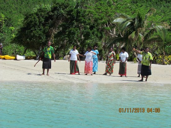 Navutu Stars Fiji Hotel & Resort: Greeting upon arrival