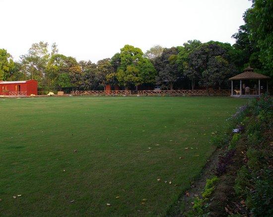 Garhmukteshwar, Indien: main lawn