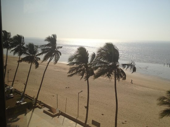 Sun-n-Sand Hotel, Mumbai:                   View from room -  sight for sore eyes in crowded Mumbai