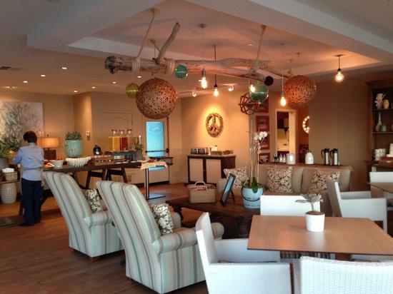بيتش تيراس إن:                   Breakfast area                 