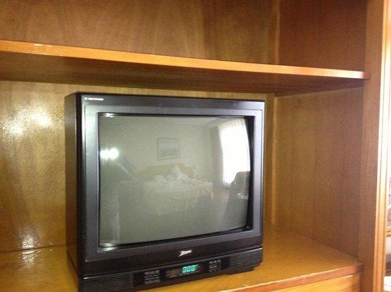 Hesperia Isla Margarita:                   TELEVISOR 5 Estrellas