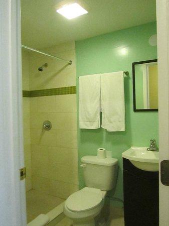 Motel Blu:                   bagno