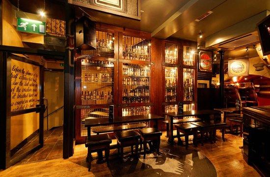bier keller display picture of frankenstein pub. Black Bedroom Furniture Sets. Home Design Ideas