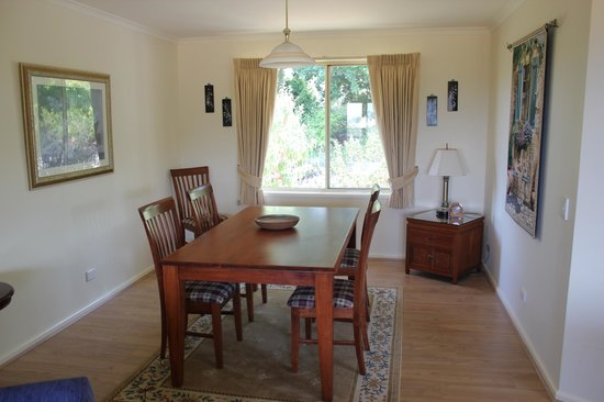 Dalblair Bed and Breakfast: Dining area