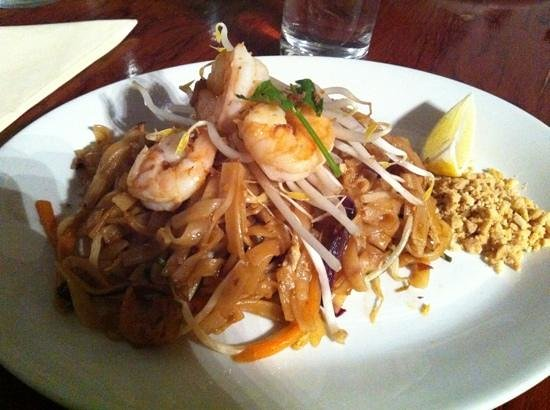 Thai-Mere:                   the most popular phad Thai!