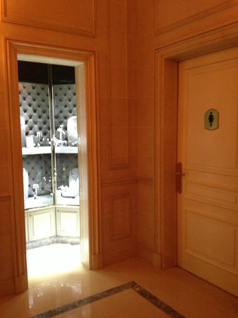 Four Seasons Hotel George V Paris:                   Jewelery closet store next to the ladies' loo!