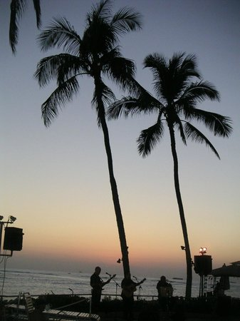 Sheraton Waikiki:                   サンセット