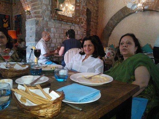 Olive Bistro:                   Lunch at OLIVE