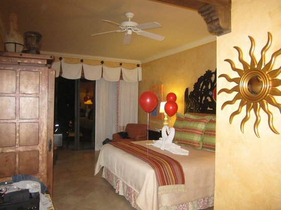 Hilton Los Cabos Beach & Golf Resort:                   Room