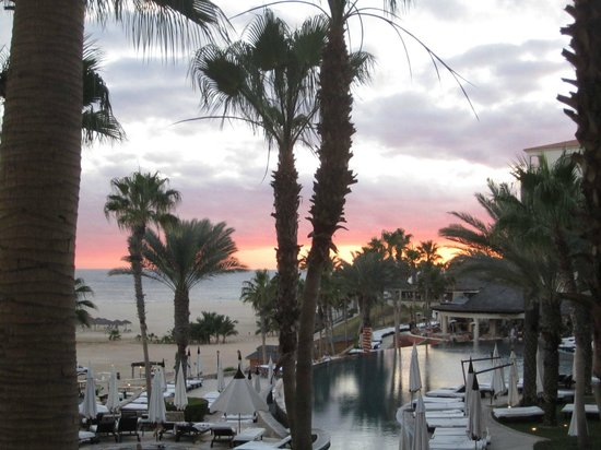 Hilton Los Cabos Beach & Golf Resort :                   Sunset