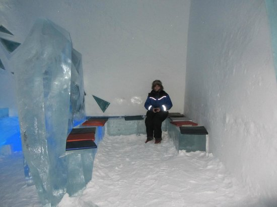 Icehotel :                   Ice Bar Seating