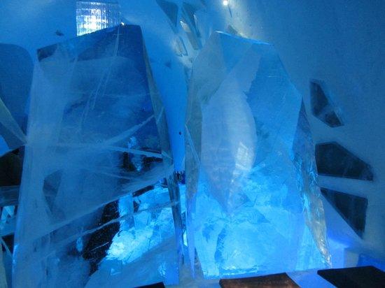 Icehotel:                   Random