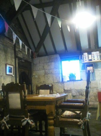 The Perky Peacock Coffee Shop: cosy atmosphere