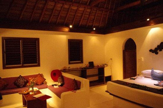 Navutu Stars Fiji Hotel & Resort:                   GARDEN BURE
