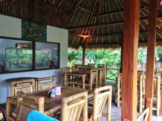 Ruby's Cafe :                   Warung Gili