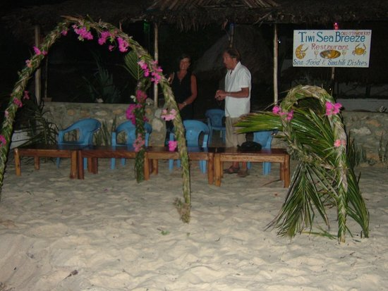 Tiwi Sea Breeze Restaurant:                   You can arrange the chairs as you wish.
