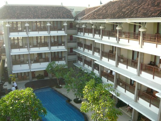 Bali Rani Hotel : Pool view from the room