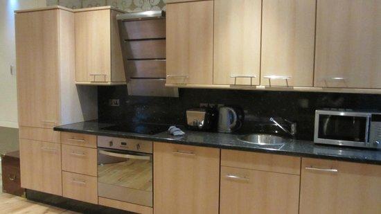 Greyfriars Apartments: Kitchen