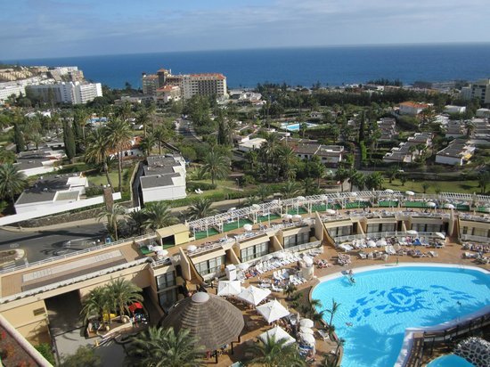 Gloria Palace San Agustín Thalasso & Hotel:                   View from the rooftop terrace