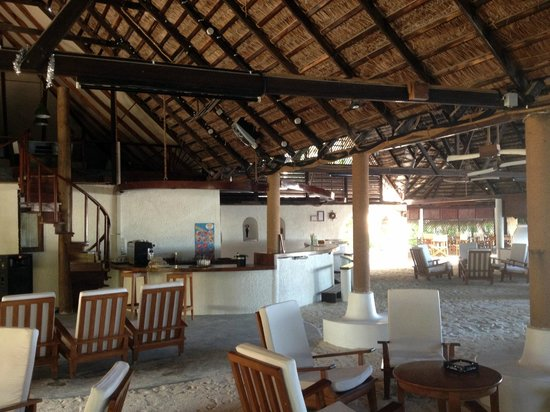 Rihiveli by Castaway Hotels & Escapes:                   il bar