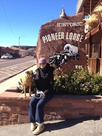 Historic Pioneer Lodge:                   great place to stay