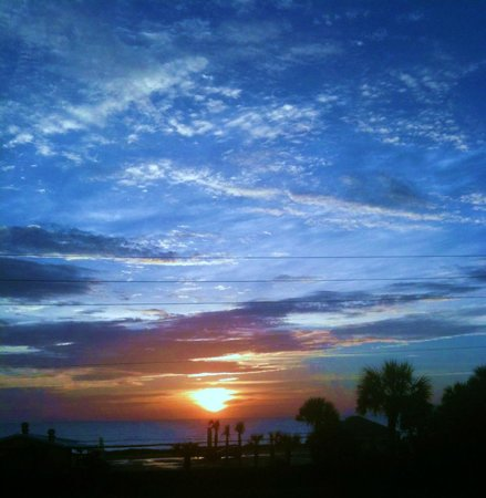 Beach at Daytona Beach:                                     Sunrise at Daytona Beach
