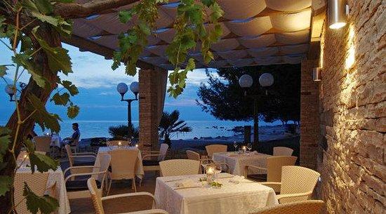 Sol Stella Apartments: Mare e Monti Restaurant