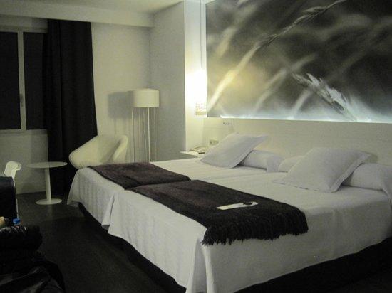 NH Collection Villa de Bilbao: Habitación doble