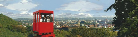 NH Prague City: Cable Car