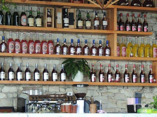 SKYE Bar & Restaurant:                   The Bar of SYYE