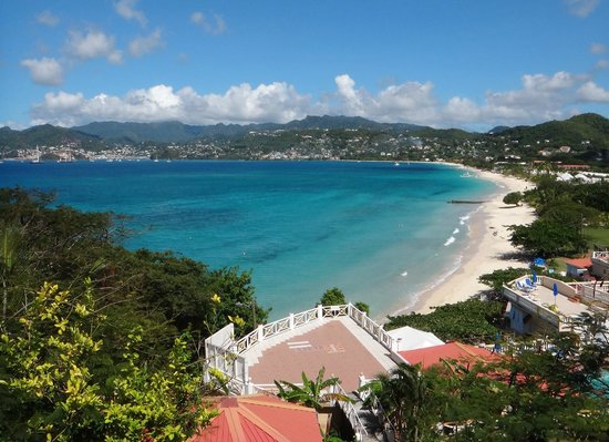 The Flamboyant Hotel & Villas: Grand Anse Beach viewed from the hotel