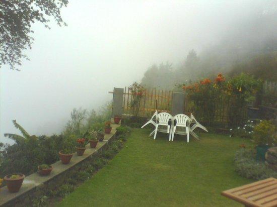 Villa Retreat:                   Walk in the Clouds