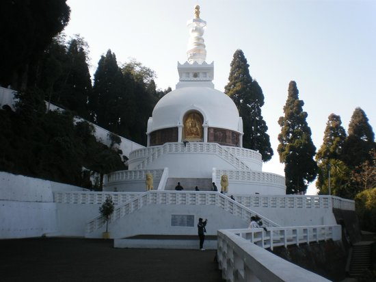 Japanese Peace Pagoda: peace in a frame!