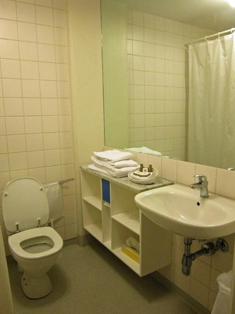 Hotel Jens Baggesen: Bathroom