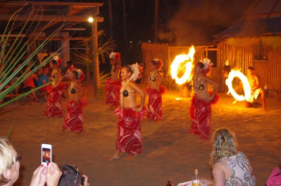 Robinson Crusoe Island:                   traditional dance