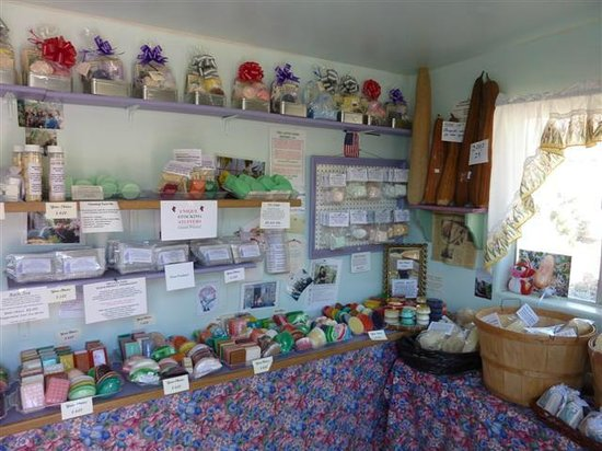 Gift Shop at the Luffa Farm