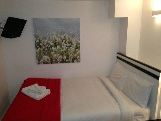 Hyde Park Executive Apartments:                   letto