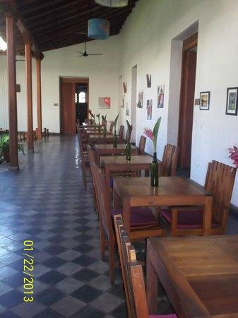 Hotel con Corazon: Hotel dining room