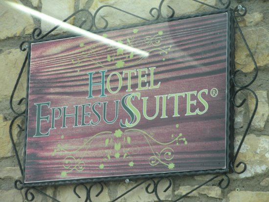 Ephesus Suites Hotel:                                     Entrance