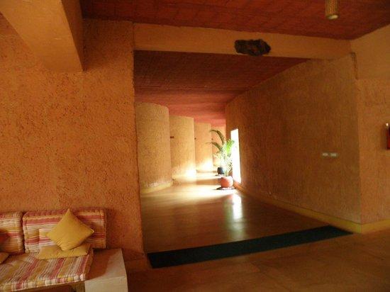 Banasura Hill Resort:                                     Interesting architecture - Corridor in the main building