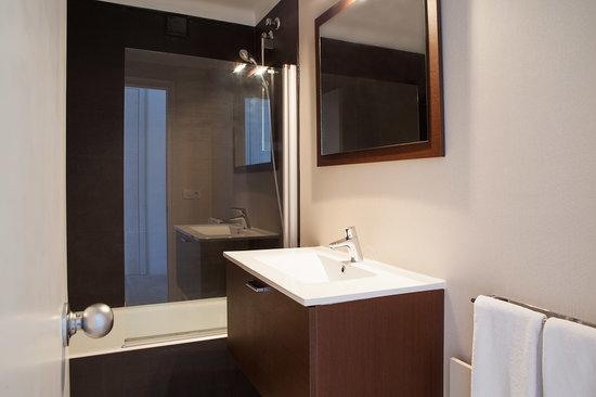 Can Miquel: Baño / Bathroom