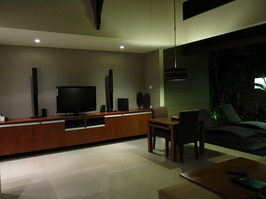 Pradha Villas:                   Living room
