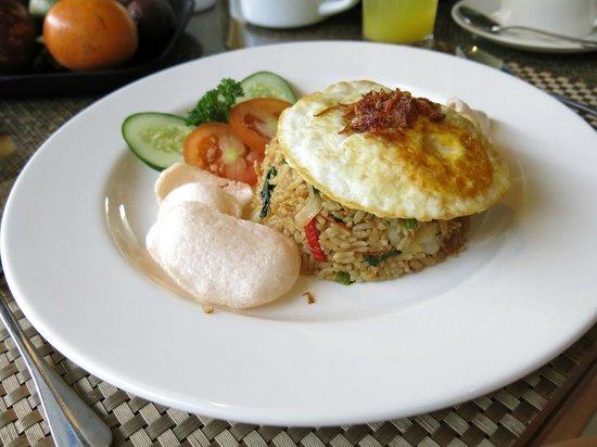 Pradha Villas:                   Breakfast