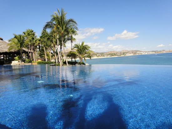 One & Only Palmilla:                   Vista/Family pool