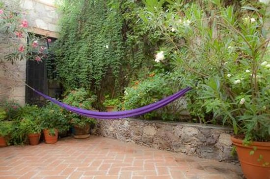 Casita de las Flores: The magic stress-erasing hammock