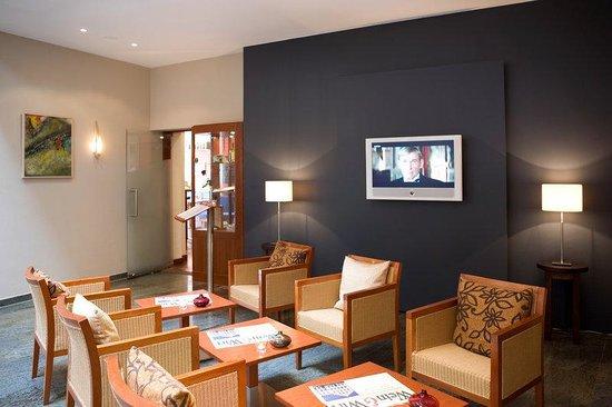 Steigenberger Hotel Stadt Hamburg: SHRWismar Public Hotellobby