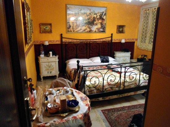 B&B I Gerani Rossi:                   stanza da letto 1
